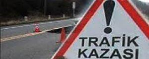 Karaman'da Minibüs, Ögrenci Servis Ile Çarpisti: 2 Yarali