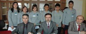 Karaman Lisesi`nin `Gönüllü Toplum Hizmeti` Projesi