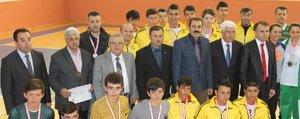 Karaman'da Düzenlenen Okullararasi Voleybol Turnuvasi Sona Erdi