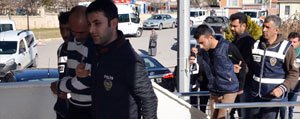 Gasp Ve Hirsizlik Süphelisi Dört Kisi Tutuklandi
