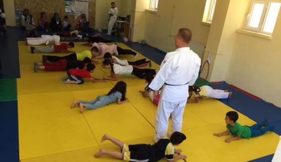 Yaz Spor Okulları Judo Eğitimleri Devam Ediyor