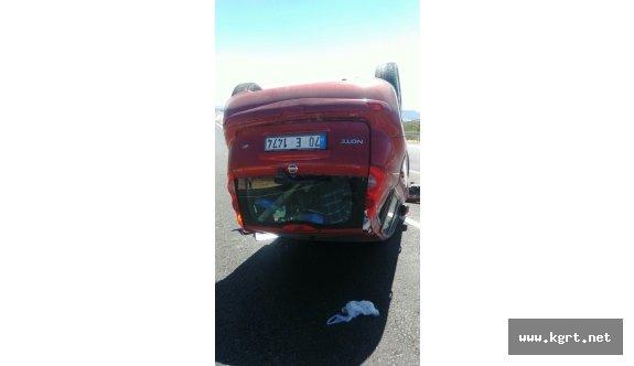 Mut'ta Otomobil Takla Atıp Ters Döndü: 1 Hemşerimiz Yaralandı