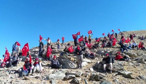 Gaziler 3. Aydos Zirve Tırmanışı Gerçekleşti