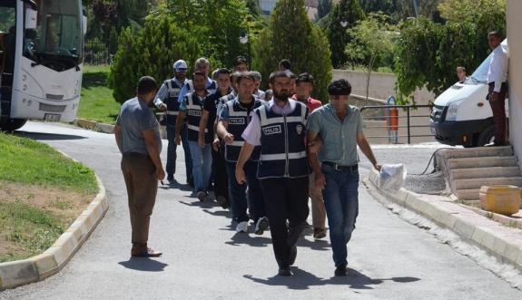 Karaman'daki FETÖ Operasyonuna 3 Tutuklama