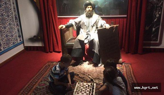 Karaman'da Tarihi Dokuda Satranç Oynadılar