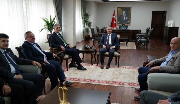 Milletvekillerinden Vali Tapsız'a Nezaket Ziyaret
