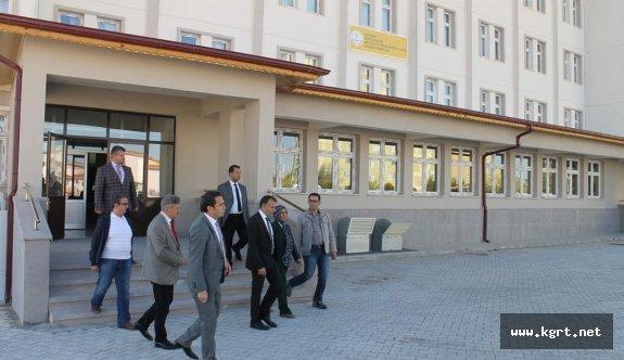 Sultanoğlu Okullarda İncelemelerde Bulundu