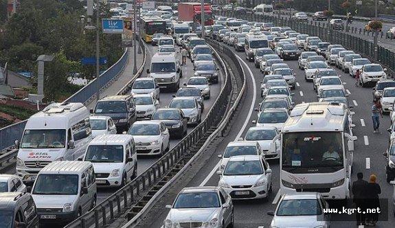 Motorlu Taşıt Sayısı Bir Yılda 3 Bin 359 Adet Arttı