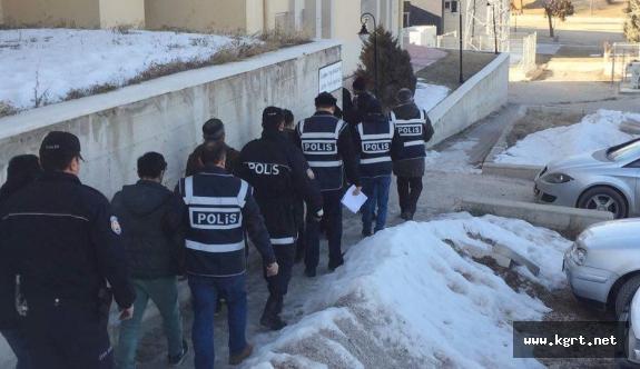 Karaman'da FETÖ/PDY Operasyonuna 8 Tutuklama