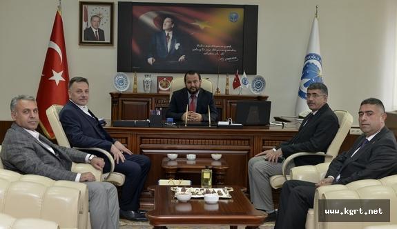 Eğitim Bir-Sen Kahramanmaraş Üniversite Şubesinden Rektör Akgül'e Tebrik Ziyareti