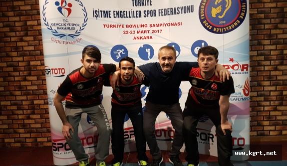 İşitme Engelli Yüzücü Türkiye İkincisi Oldu