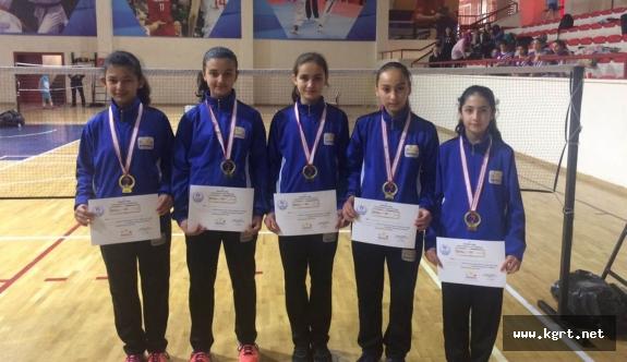Karaman Takımı Badminton'da Finalde