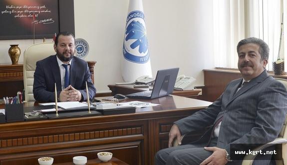 Konya Toprak Su Ve Çölleşmeyle Mücadele Araştırma Enstitüsü Müdürü Çarkacı'dan Rektör Akgül'e Tebrik Ziyareti