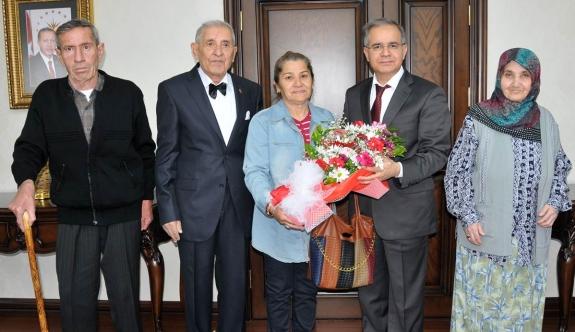 Yaşlılar Haftasında Vali Tapsız'a Anlamlı Ziyaret