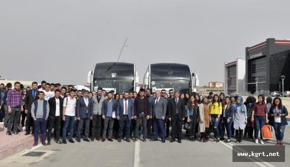 300 KMÜ Öğrencisi Çanakkale Gezisi İçin Yola Çıktı
