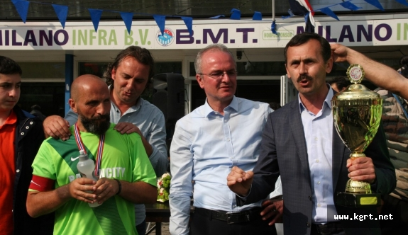 Hokaf Kupası Bardasspor'un