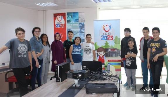 """""""Kod Adı 2023"""" Projesi Gençlerden Yoğun İlgi Görüyor"""