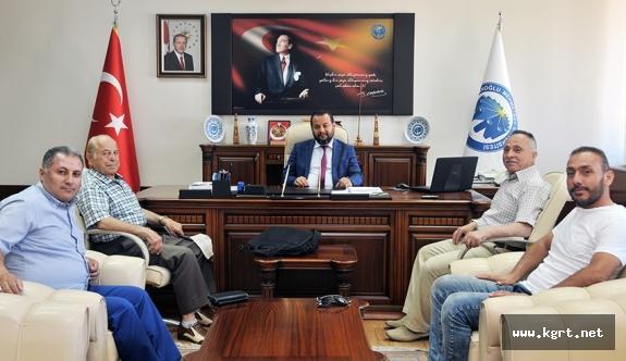 Karamanlı Gazeteci Araştırmacı-Yazar Mustafa Ertaş'tan Rektör Akgül'e Ziyaret