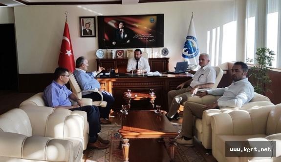 Konya Milletvekili Halil Etyemez Ve Beraberindekilerden Rektör Akgül'e Ziyaret