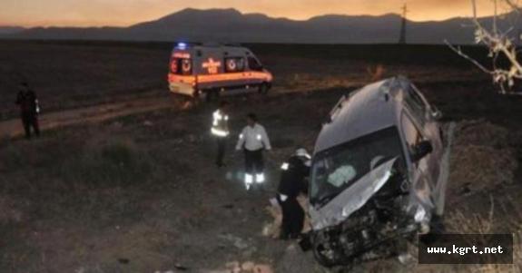 Konya Yolundaki Kazada 1 Kişi Öldü. 4 Kişi Yaralandı