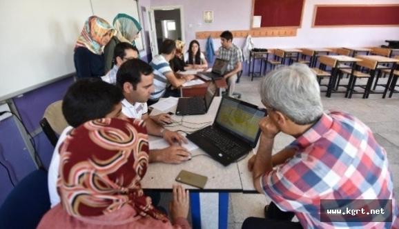 Milli Eğitimden Tercih Dönemlerinde Öğrencilere Danışmanlık Hizmeti