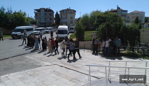 Karaman'da FETÖ Operasyonunda 10 Kişi Adliyeye Sevk Edildi