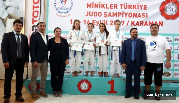 Minikler Türkiye Judo Şampiyonası'nın İkinci Günü Tamamlandı