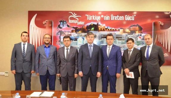 Kazakistan Büyükelçisi Saparbekuli'den Konya Şeker'e Ziyaret