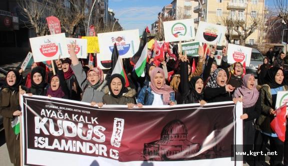 """Karaman'da """"Kudüs"""" İçin Protesto Yürüyüşü Düzenlendi"""