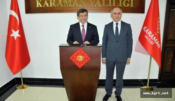 Prof. Dr. Ahmet Davutoğlu'ndan Vali Meral'e Ziyaret