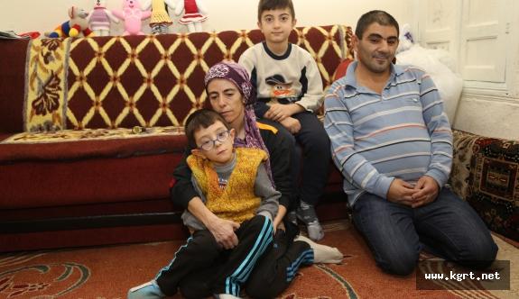 Demir Ailesi Yetkililerden Yardım Bekliyor