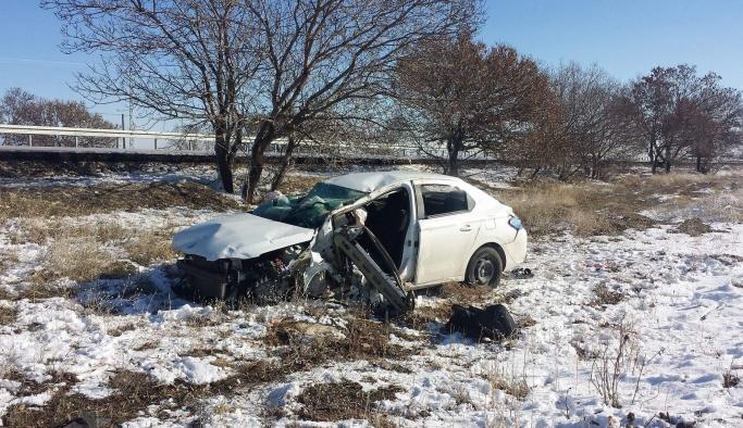 Karaman-Konya Yolundaki Kazada 2 Kişi Yaralandı