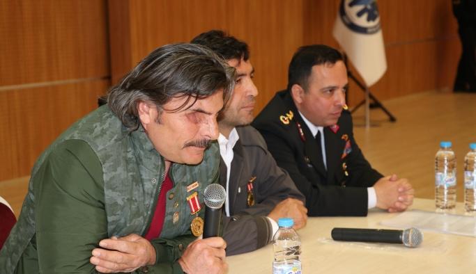 """Karaman'da """"Şehit ve Gazilere Saygı"""" Konferansı"""