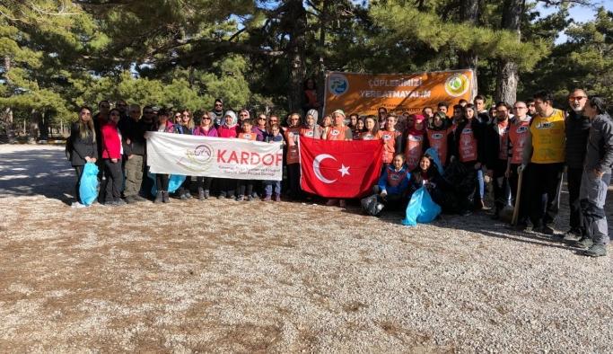 KARDOF 8. Geleneksel Kadınlar Günü Yürüyüşünü Gerçekleştirdi