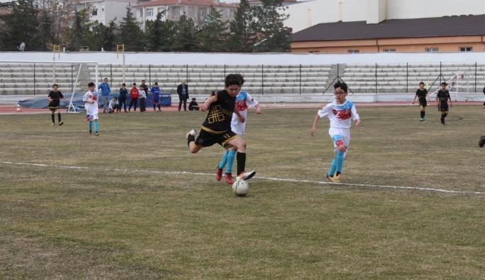 Okullar Arası Küçükler Futbol Müsabakaları Sona Erdi