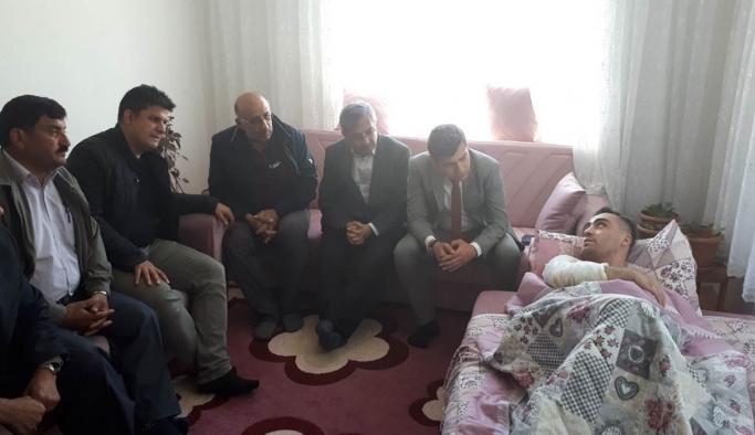 Ermenek Kaymakamı Özçelik'ten Yaralı Uzman Çavuş'a Geçmiş Olsun Ziyareti