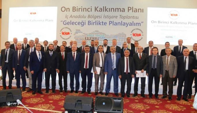 Vali Meral 11. Kalkınma Planı İç Anadolu Bölgesi İstişare Toplantısına Katıldı