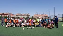 Futbol, Yaz Spor Okullarının Gözdesi...