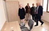 Vali Meral Kızılay Derneği Karaman Şubesi'ni İnceledi