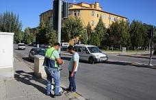 Belediyeden Trafik Güvenliği İçin Sinyalizasyon Çalışması