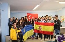 Ukrayna Ve Ürdün'den Gençlik İçin Gönüllü Olmaya Geldiler