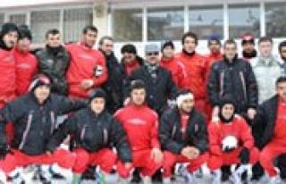 70 Karamanspor Maçi Tehir Edildi