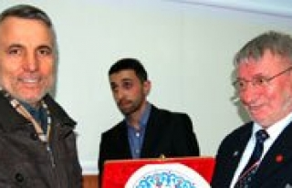 Yazar Ali Metin Hasirci KMÜ'de Ögrencilerle Bulustu
