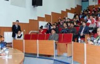 KMÜ Mehmet Akif Ersoy'u Unutmadi