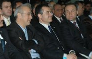 Bakan Kiliç: Kongre AK Partili Olmanin Ahlakina Yakisan...