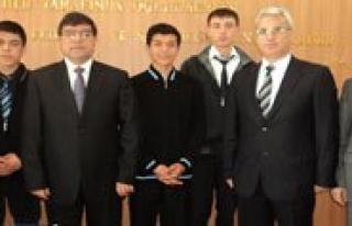 Anadolu Imam Hatip Lisesi Futbol Takimi Il Milli Egitim...