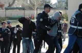 Uyusturucu Operasyonunda 39 Tutuklama