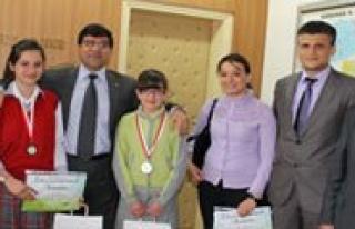 2 Okul Inepo Çevre Proje Olimpiyatlarinda Derece...