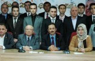 AK Parti Karaman Yeni Il Yönetimi Basina Tanitildi...