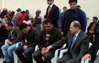 Bakan Akdag`dan Sehit Polisin Yakinlarina Taziye Ziyareti